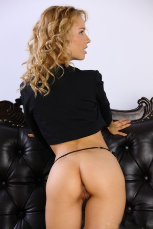 Blonde Babes Pics