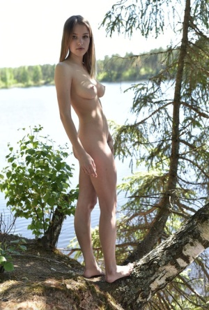 Outdoor Babes Pics