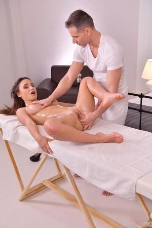 Massage Babes Pics
