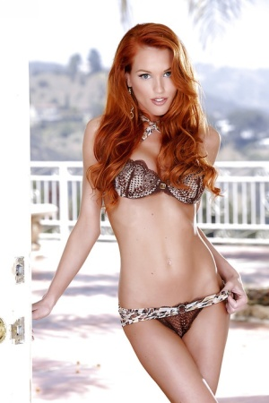 Redhead Babes Pics