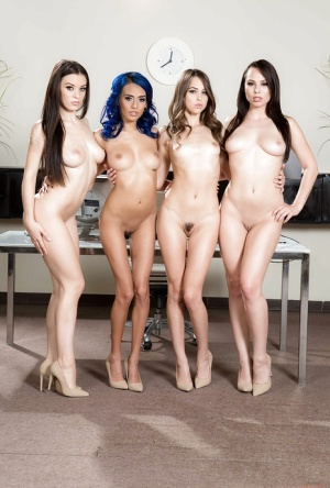 Free Lesbian Babes Pictures